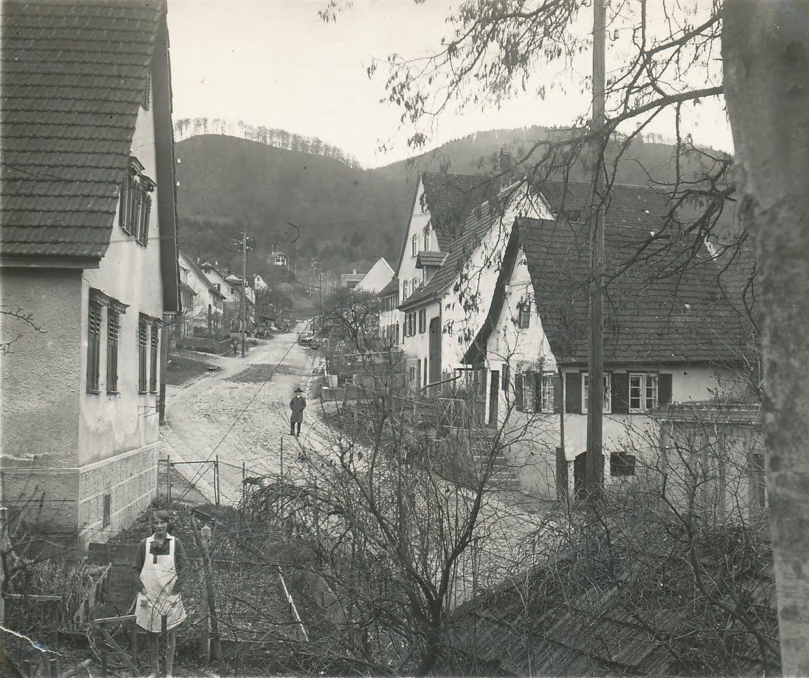 überdachter Vorbau Am Haus: Bildertanz In Gönningen: 20er Jahre: Obere Roßbergstrasse