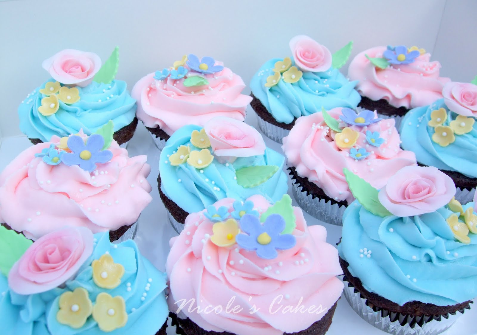 Confections Cakes Creations Pretty Spring Flower Cupcakes