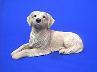 sandicast golden retriever figurine lying