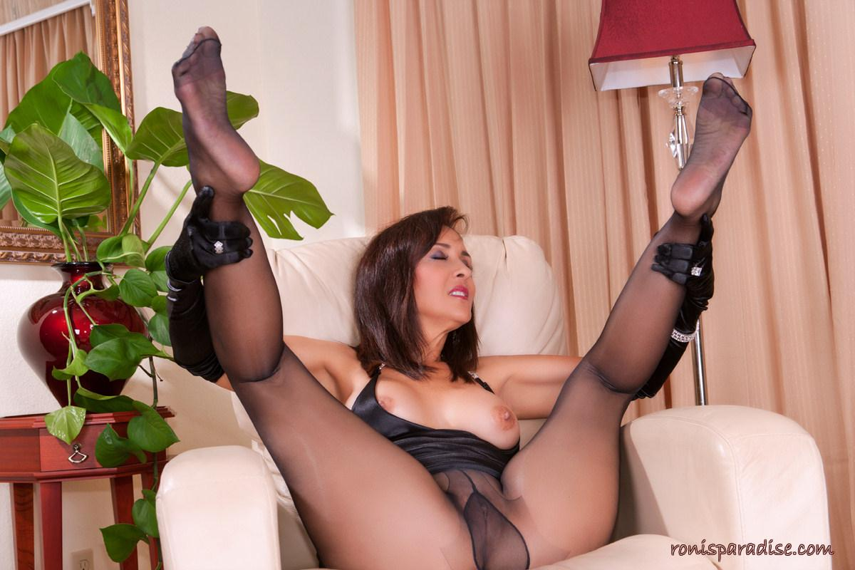 pantyhose ronis video paradise