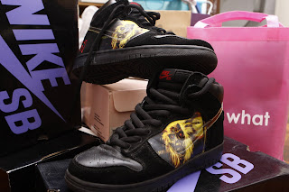 best service ff162 da16f tshirtherapy: ITEM OF THE MONTH - Nike Dunk High Pro SB Iron ...