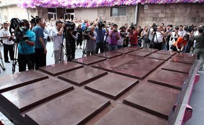 World S Biggest Cake Ever Made