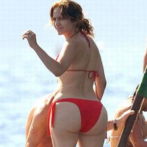 Jennifer Lopez Butt Insured 34