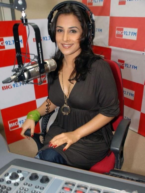 Top 10 Googled Indian Actresses - Sabwoodcom-5176