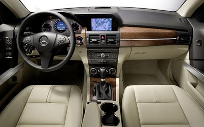 Mercedes Benz GLK350 Interior