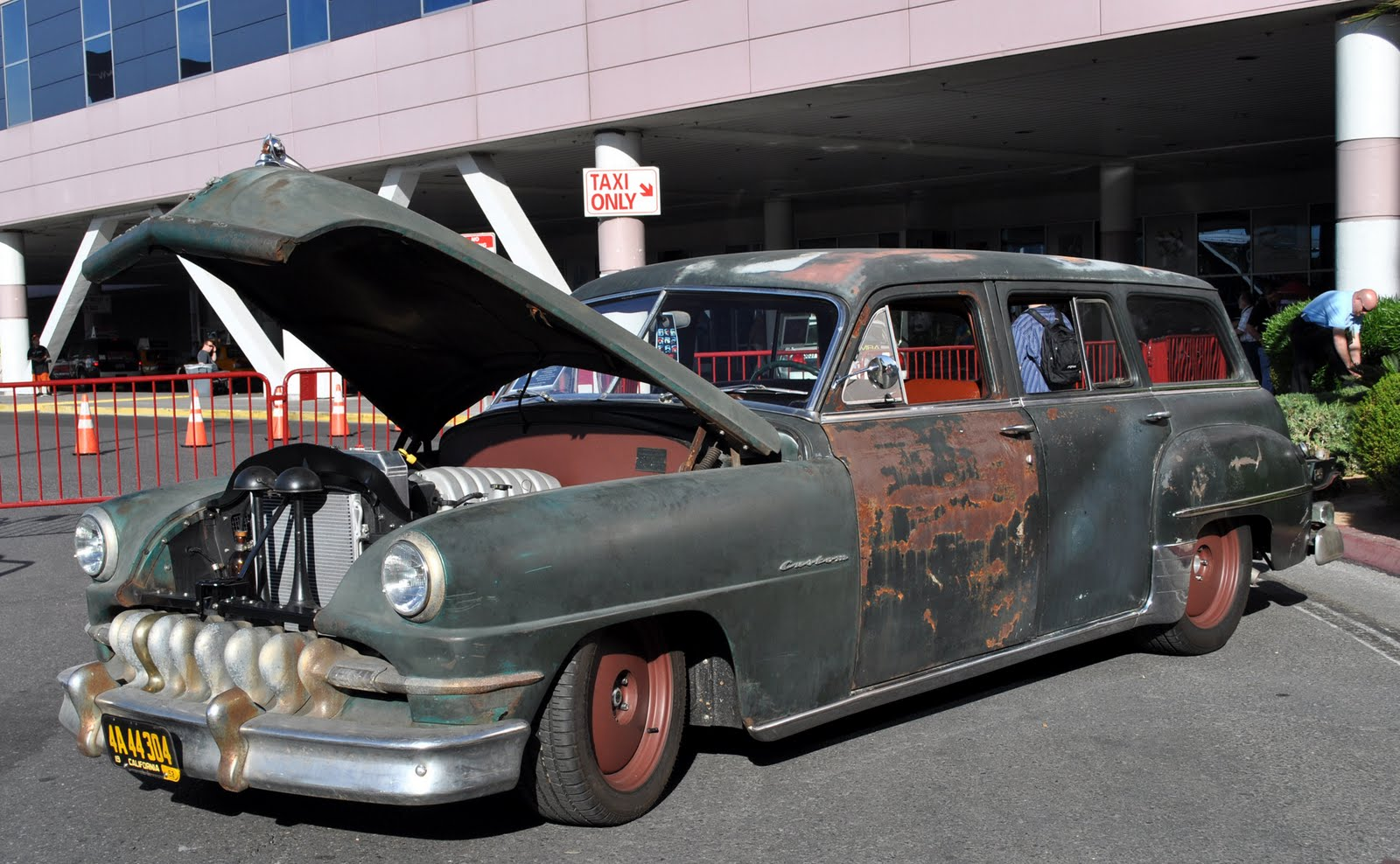The Derelict Desoto Of Jonathan Ward Front On A 52 Chrysler Town And Country Custom Wagon Hot Rod Magazine Cover Car Mar 2017