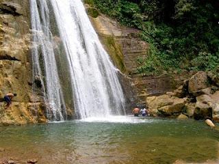 65ea2b0c7 El velo de la novia se localiza en la denominada Cordillera Azul y es la  caída de agua más caudalosa que se encuentran en la zona conocida como el  Boquerón ...