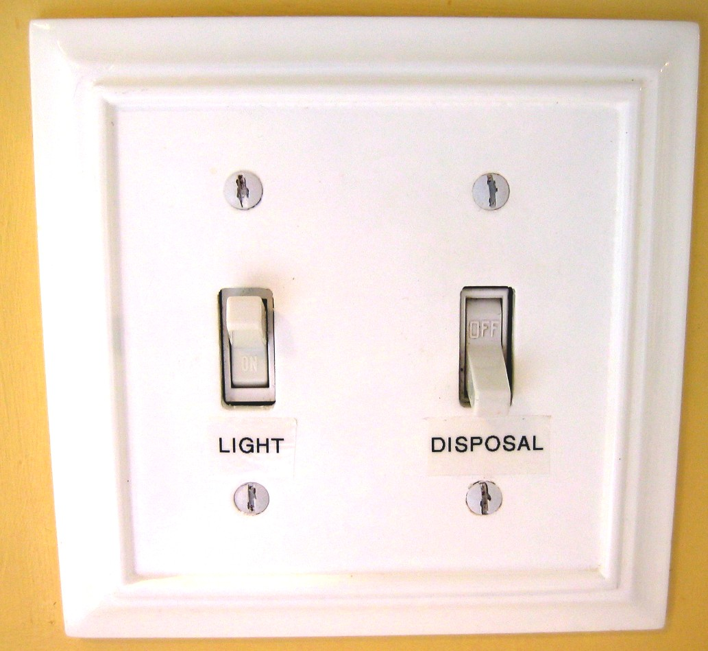 The Red Chair Blog: Light Switch Labels