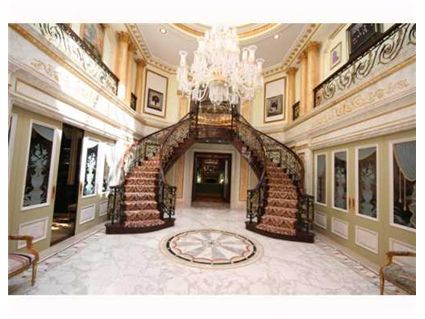 Live Like Royalty In Monsey Ny Homes Of The Rich