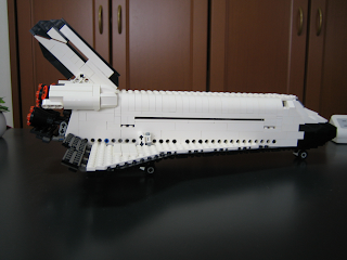 [The Brothers Brick] 10213 Shuttle Adventure blasts off in June