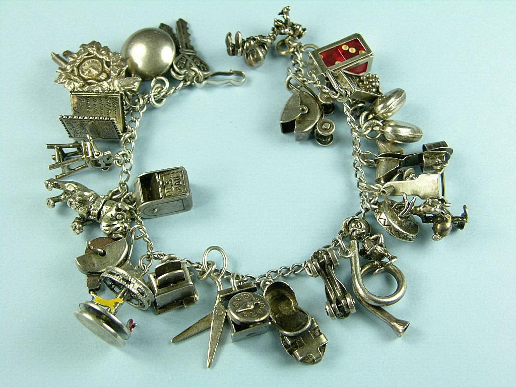 Prom jewelry: 2010-04-18