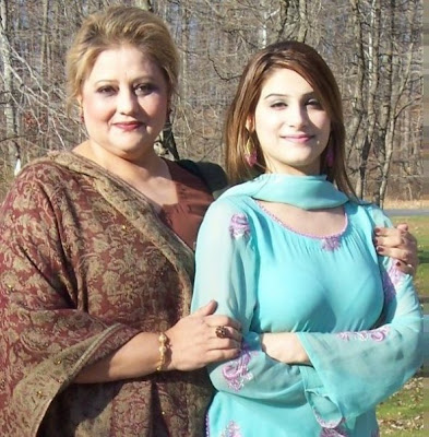 Urdu Babes: Pakistani Sexy Girls