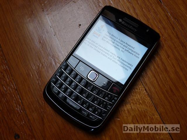 Blackberry Bold Onyx 9700 Photos   N4BB