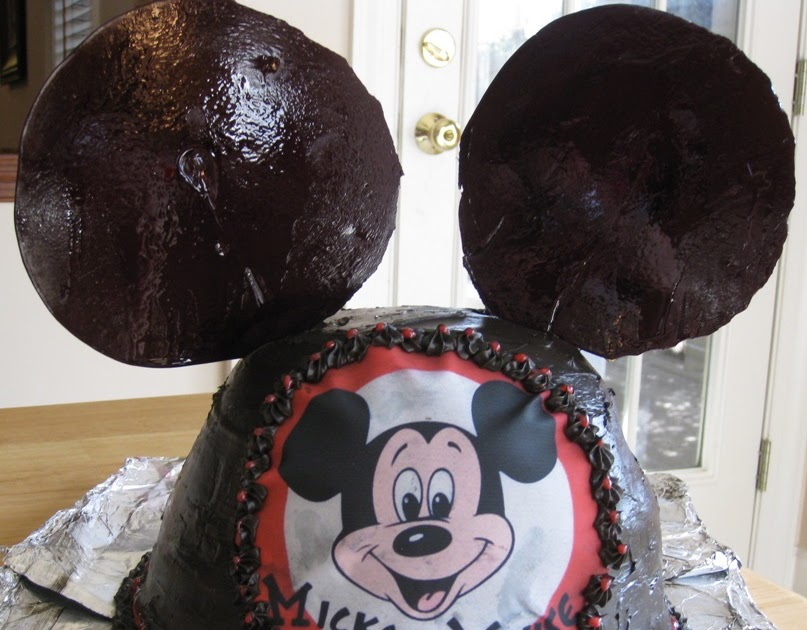 Gourmet Mom On The Go Mickey Mouse Ears Cake