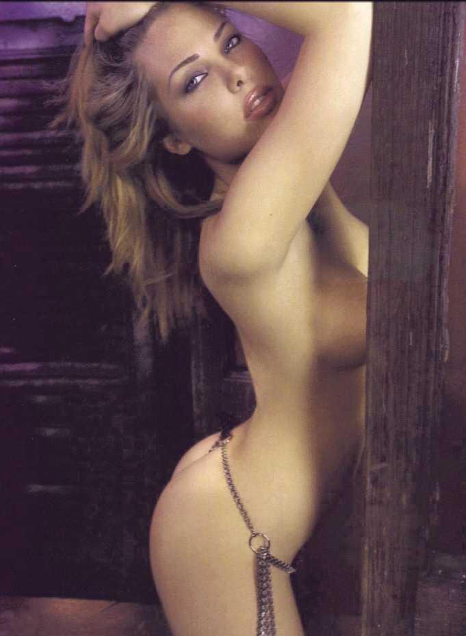 blasi nude Ilary