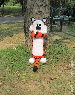 Hobbes and Calvin Amigurumi tiger pattern