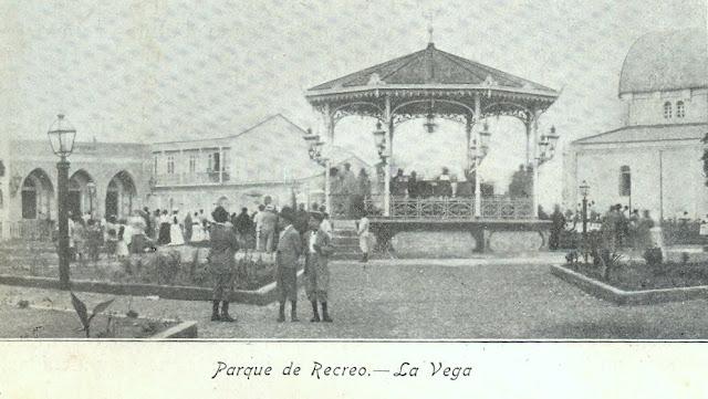 Resultado de imagen para historia del parque duarte de la vega
