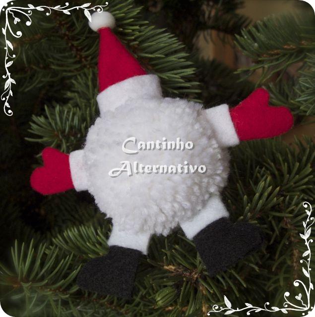 Decorando a Árvore de Natal Com Pompom - Blog Cantinho Alternativo e5f54f62aba