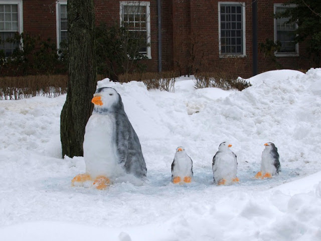 snow pengin easy snow sculpture