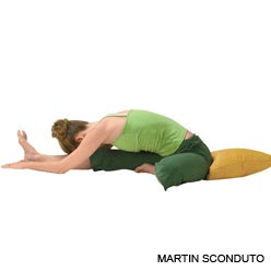 do restorative yoga supported 1/2 wideangle pose