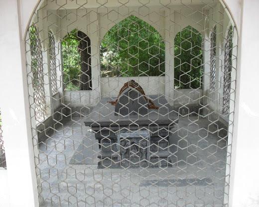 Sultan Ghiyasuddin Azam Shah's Tomb