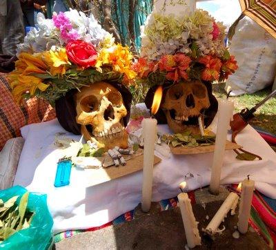 Resultado de imagem para o culto das caveiras, bolívia