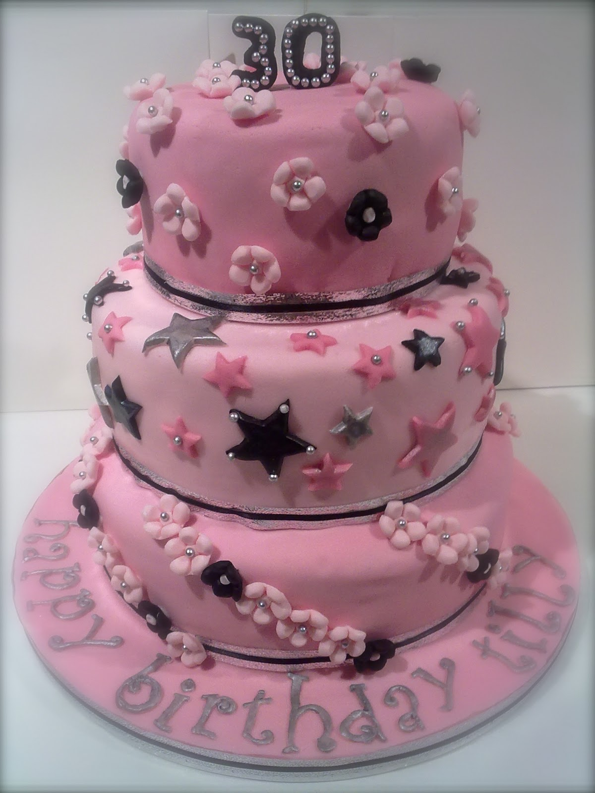 CAKE: Hollys wonderful cakes  CAKE: Hollys wo...