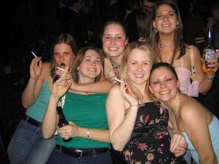 Smoking fetish group