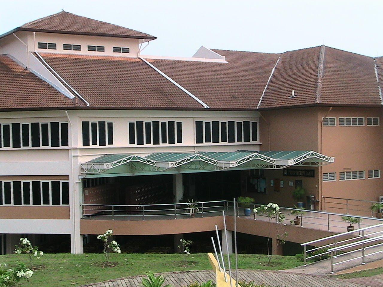Perpustakaan UiTM Melaka: Sejarah Perpustakaan UiTM Melaka & Pusat Sumber UiTM KBM
