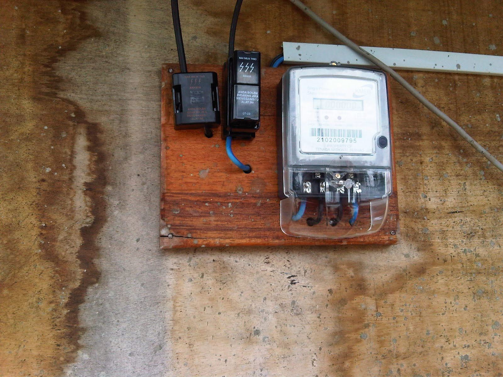 wrg 2199 tnb 3 phase meter fuse box tnb 3 phase meter fuse box [ 1600 x 1200 Pixel ]