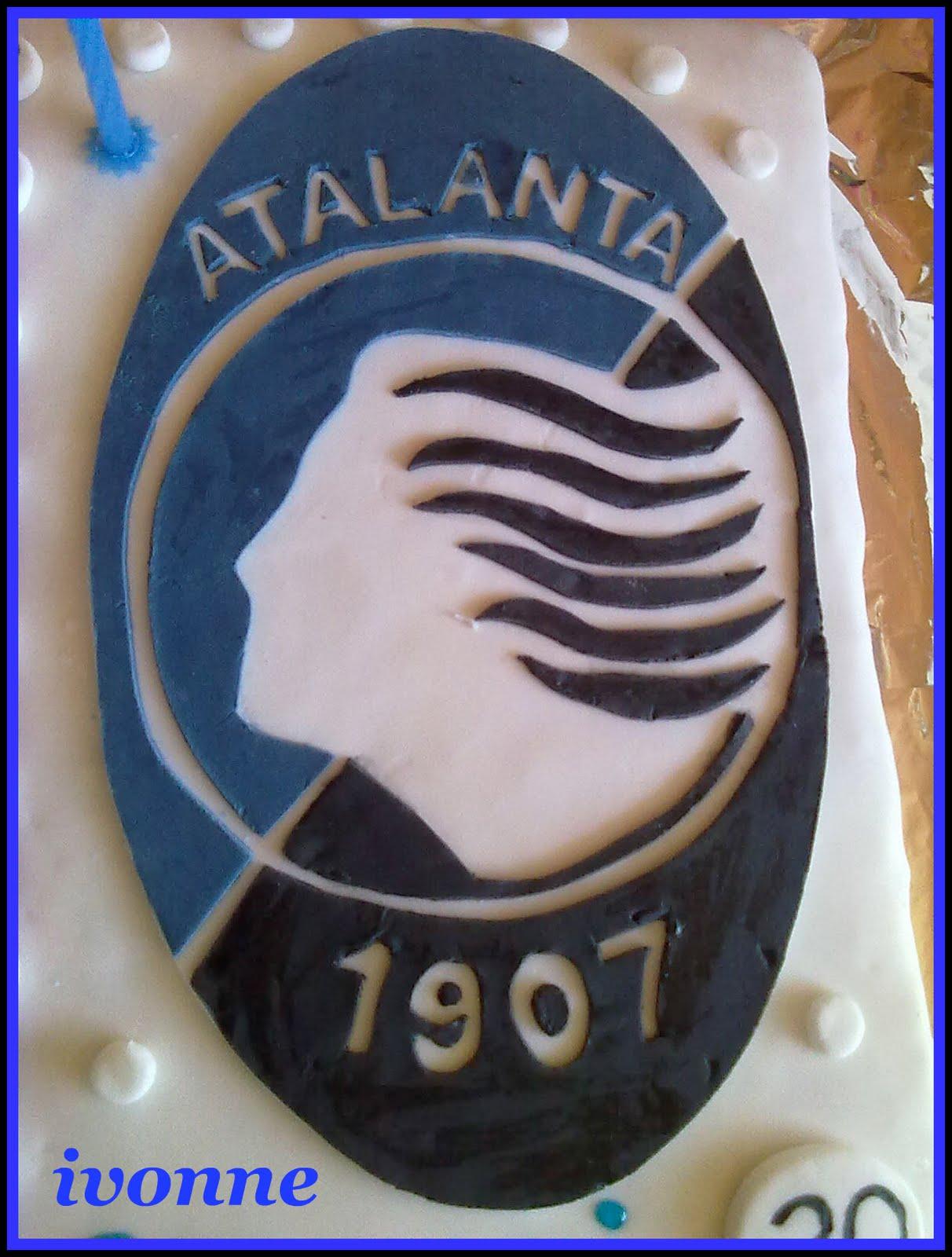 Vanessa atalanta - Wikipedia  |Atalanta