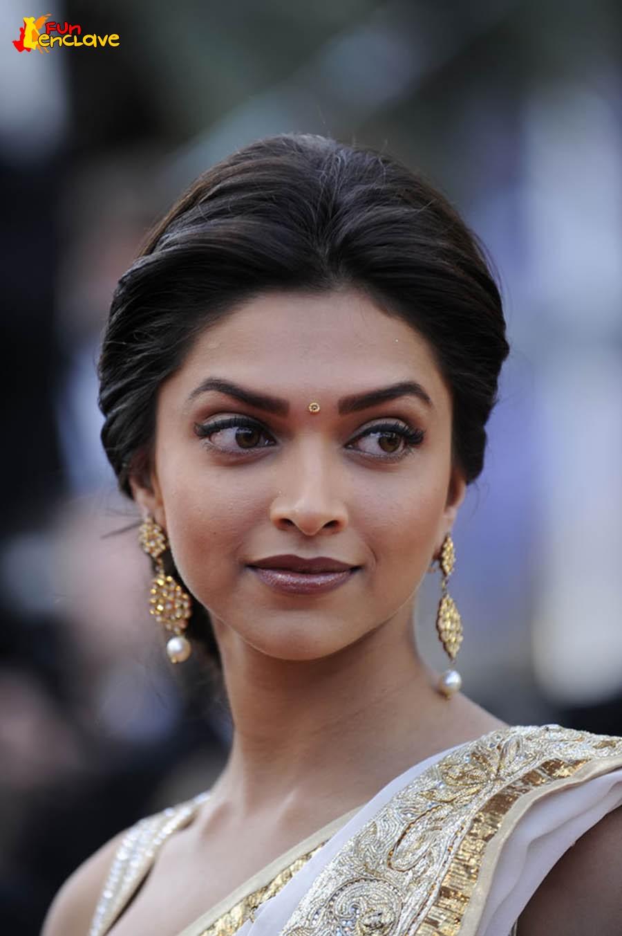Sivaji: Deepika Padukone At Cannes Festival