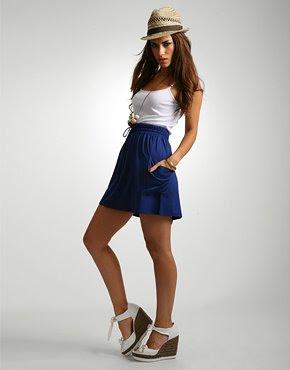 https://i2.wp.com/3.bp.blogspot.com/_jTcQOL8ONRU/SLHxJD-HHNI/AAAAAAAAATo/YFF5hRjEvR4/s400/high+waisted+skirt.jpg
