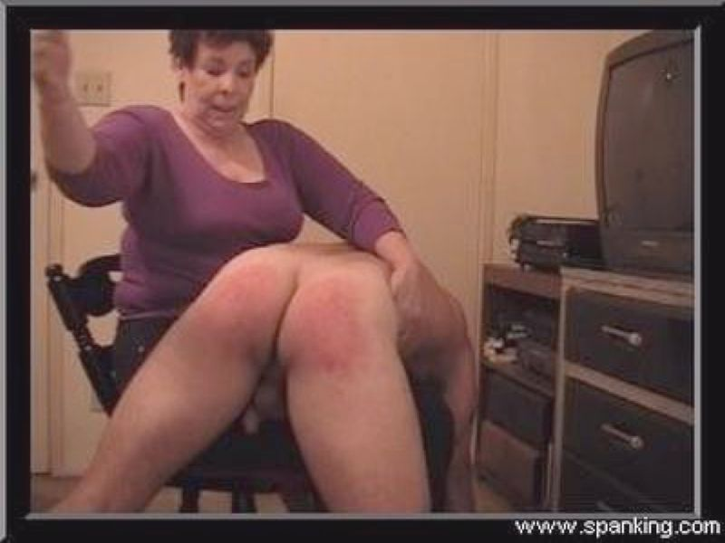 Strict mommies spank chat