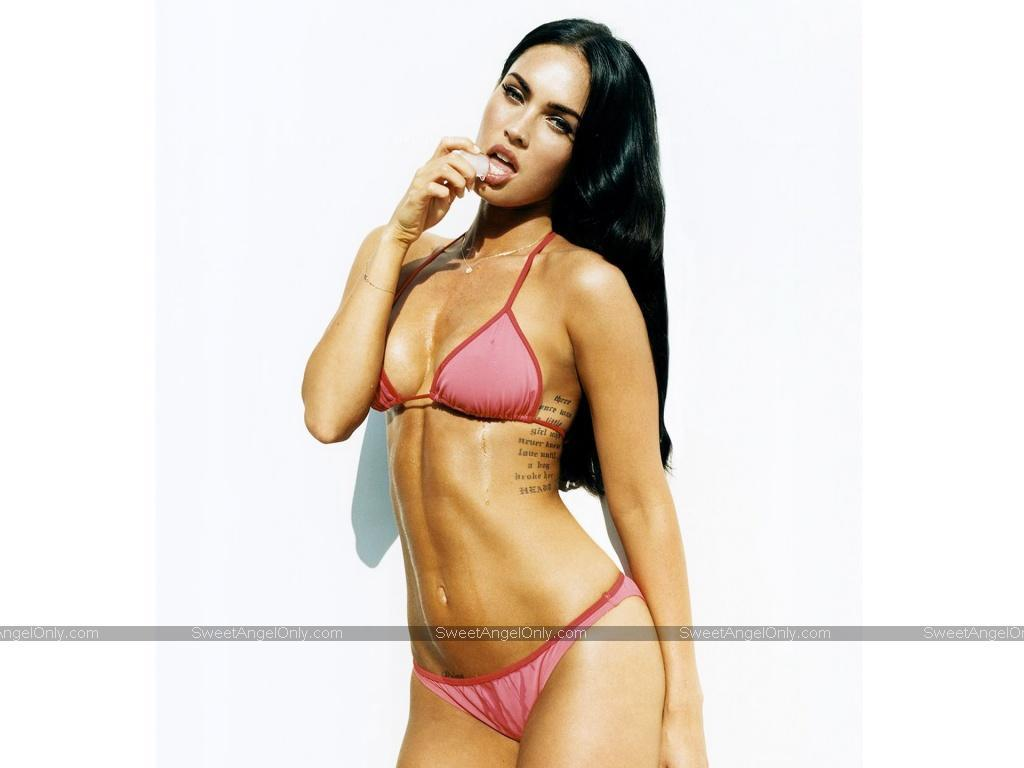 http://3.bp.blogspot.com/_jVoBtCkxXtI/TU6htyPDlTI/AAAAAAAAAWI/Vjppp8ktK2w/s1600/Megan_Fox_hot_tasty_wallpapers_11.jpg