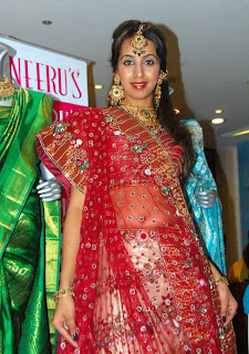 Sanjana At Neerus Shopping Mall (36)