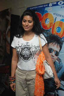 Telugu Actress Sneha Spicy with out Makeup Photos