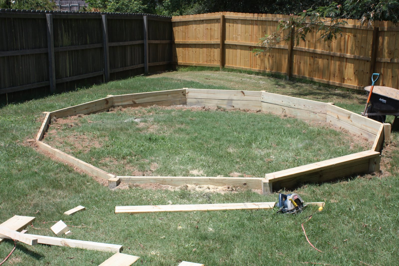 Rockin smockin pool base - How to build an above ground pool ...