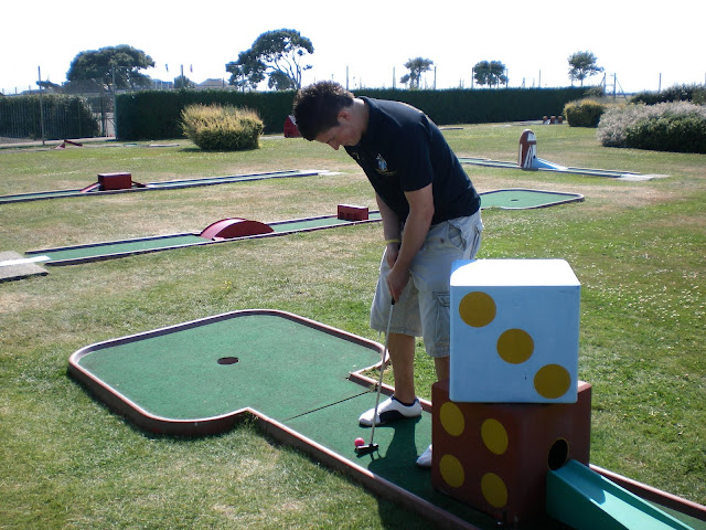 Christopher Gottfried playing the Southsea Common Crazy Golf Course