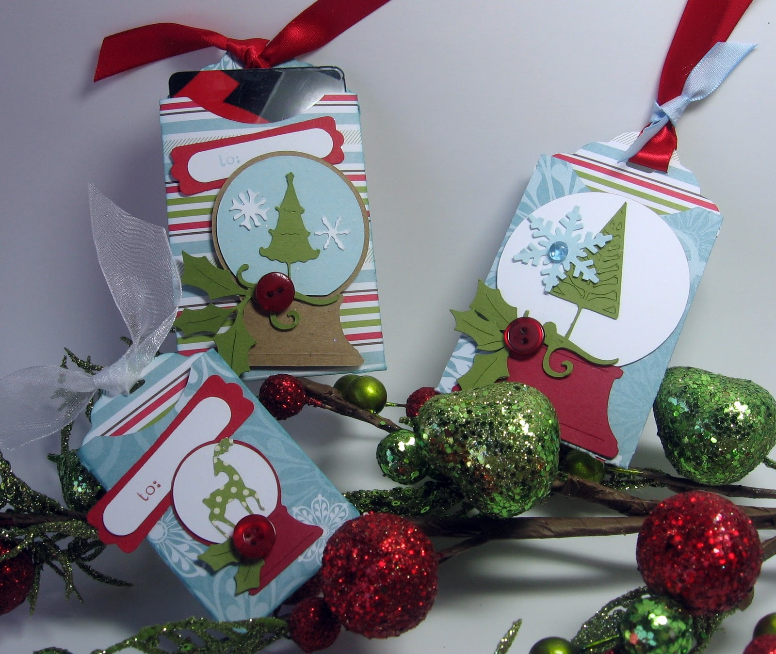 stamping up north with laurie: Cricut Christmas gift cards