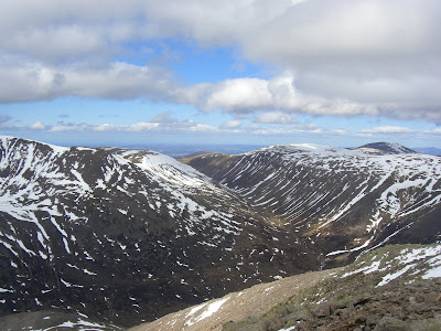 Lairig Ghru from Angels Peak - Highlands Walk