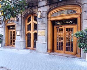 Barcelona restaurant Botafumeiro outside