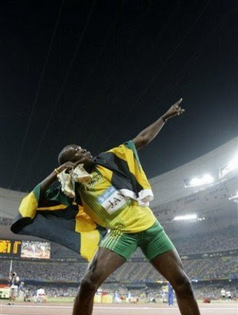 Usain Bolt Clubbing After The Olympics
