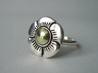 e39095c7892b JOYAS EN PLATA 925. anillo en plata 925 con apliques de laminas de oro