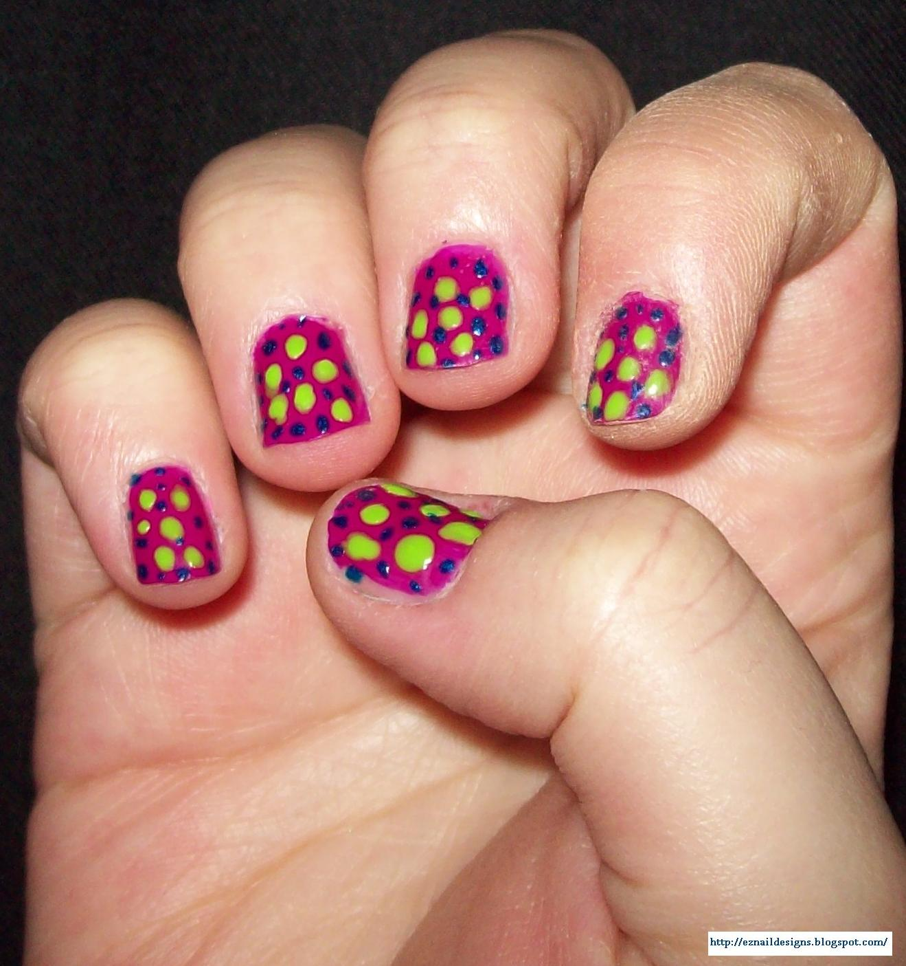 EZ Nail Designs: Polka Dot Nail Design