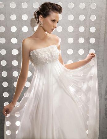 Wedding dresses in La Habra Heights