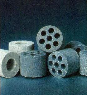 type of catalyst used in secondary reforming of the petroleum industries