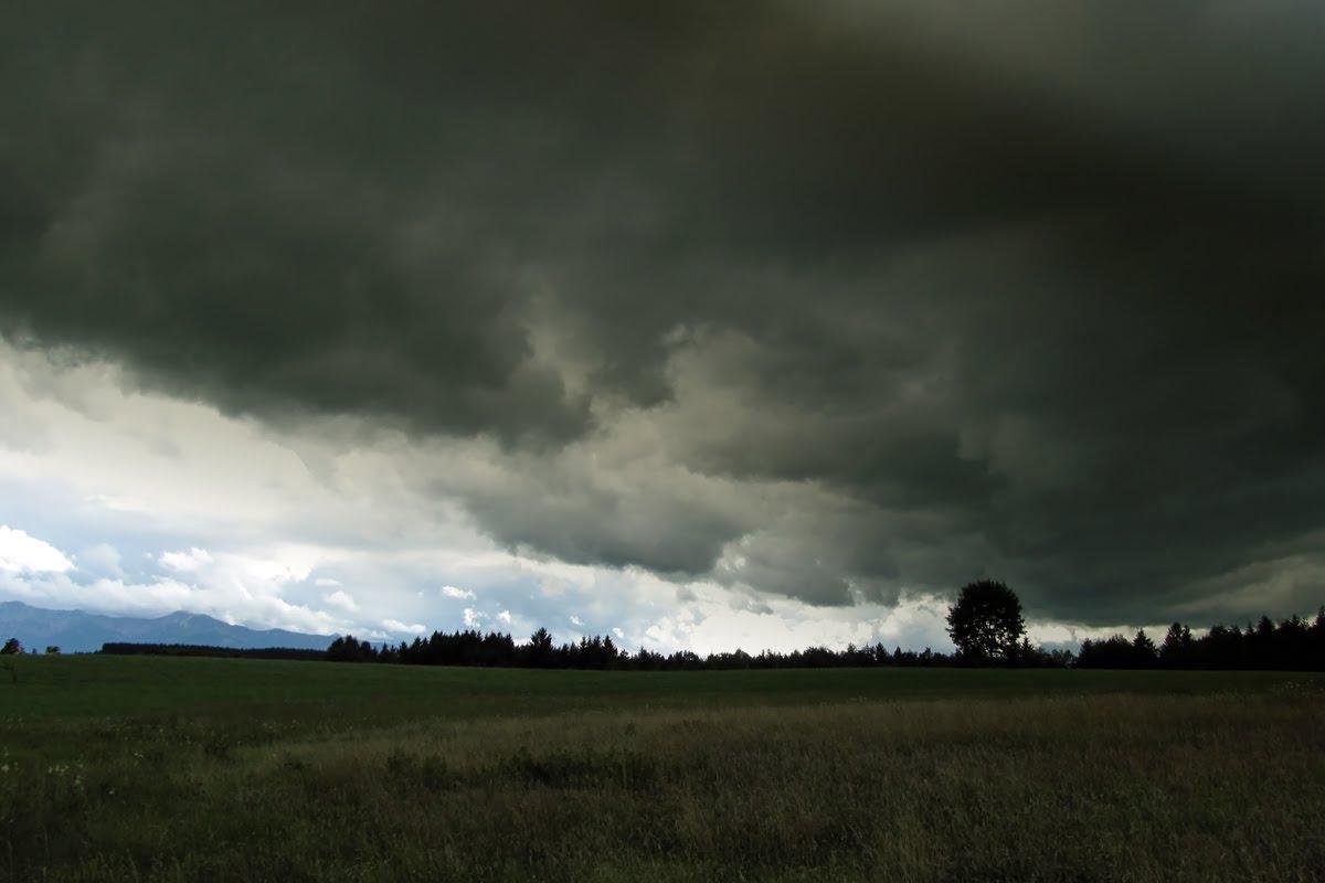 weitere fotos regenwolken