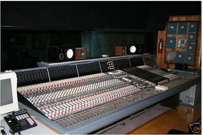the console cowboy neve v3 60 input vr recording console. Black Bedroom Furniture Sets. Home Design Ideas