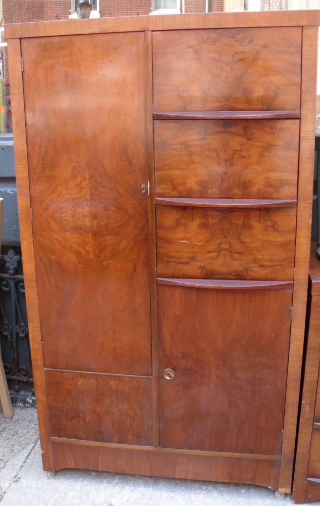 Uhuru Furniture Amp Collectibles 1940s Bedroom Setsold